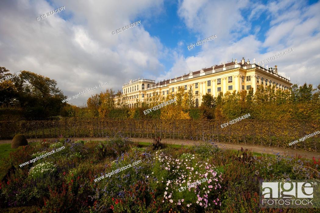 Stock Photo: Schönbrunn (Schonbrunn) Palace and grounds in Vienna.