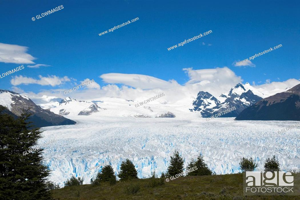 Stock Photo: High angle view of a glacier, Moreno Glacier, Argentine Glaciers National Park, Lake Argentino, El Calafate, Patagonia, Argentina.