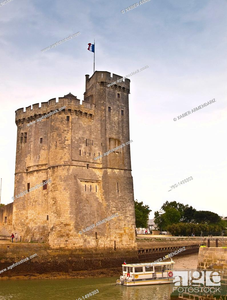 Stock Photo: Harbour defense and old prison at the entrance to the port of La Rochelle, Charente maritime, France, Europe.