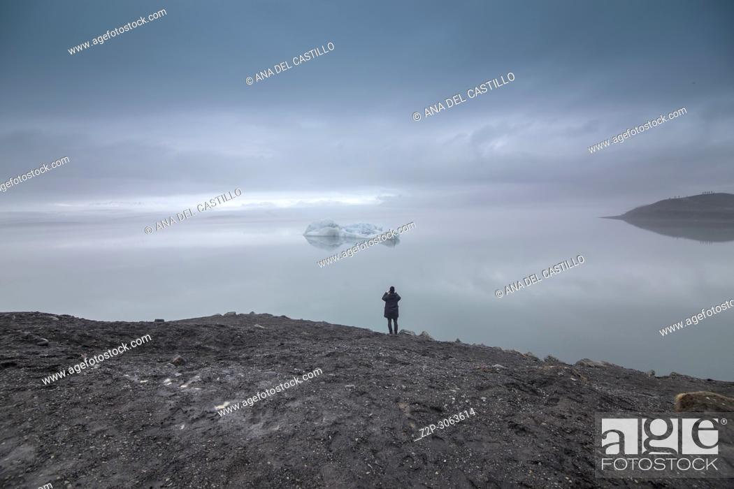 Stock Photo: Jokulsarlon glacier lagoon lake in winter. Iceland.