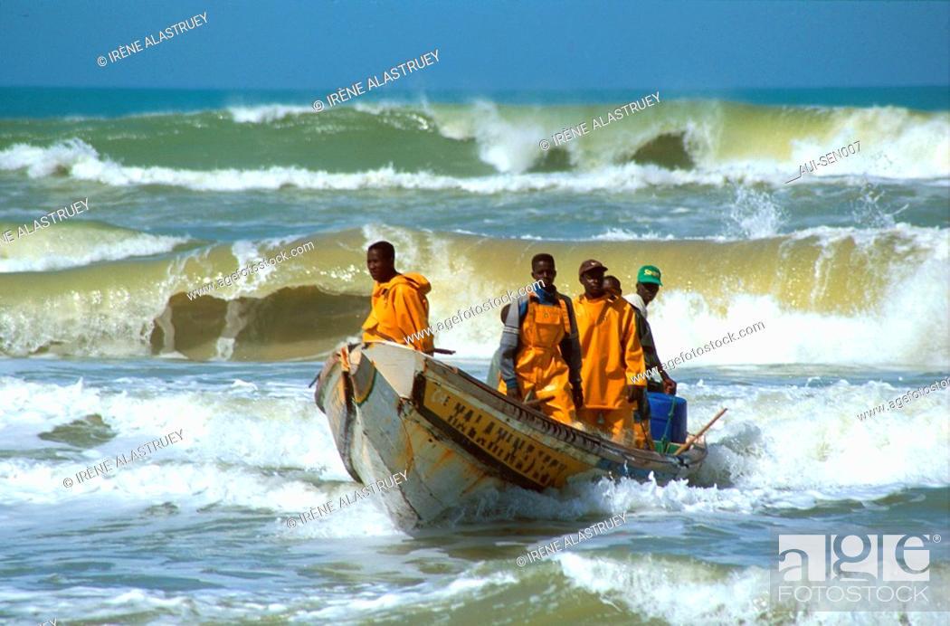 Stock Photo: Senegal - Centre ouest - Lampoul - Village de pecheurs.
