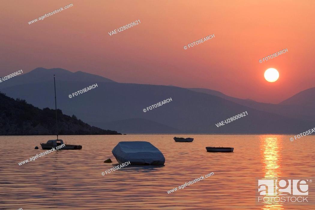 Stock Photo: Boat, Dusk, Glow, Lake.