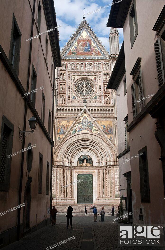 Stock Photo: Orvieto Cathedral  Orvieto, Terni Province, Umbria, Italy.