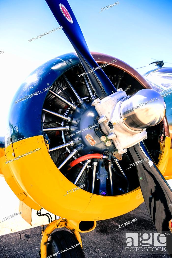 A Beechcraft C-45 Expeditor PW R-985 Wasp Junior Radial