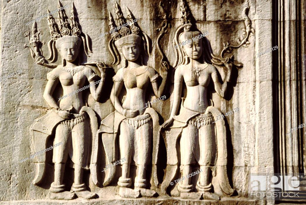 Stock Photo: Statues. Angkor Wat. Angkor. Cambodia.