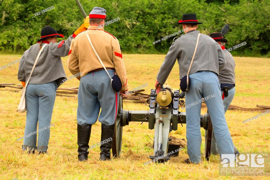 Stock Photo: Confederate cannon battery, Civil War Reenactment, Willamette Mission State Park, Oregon.