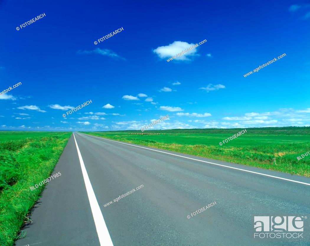 Stock Photo: Road that leads to horizon.