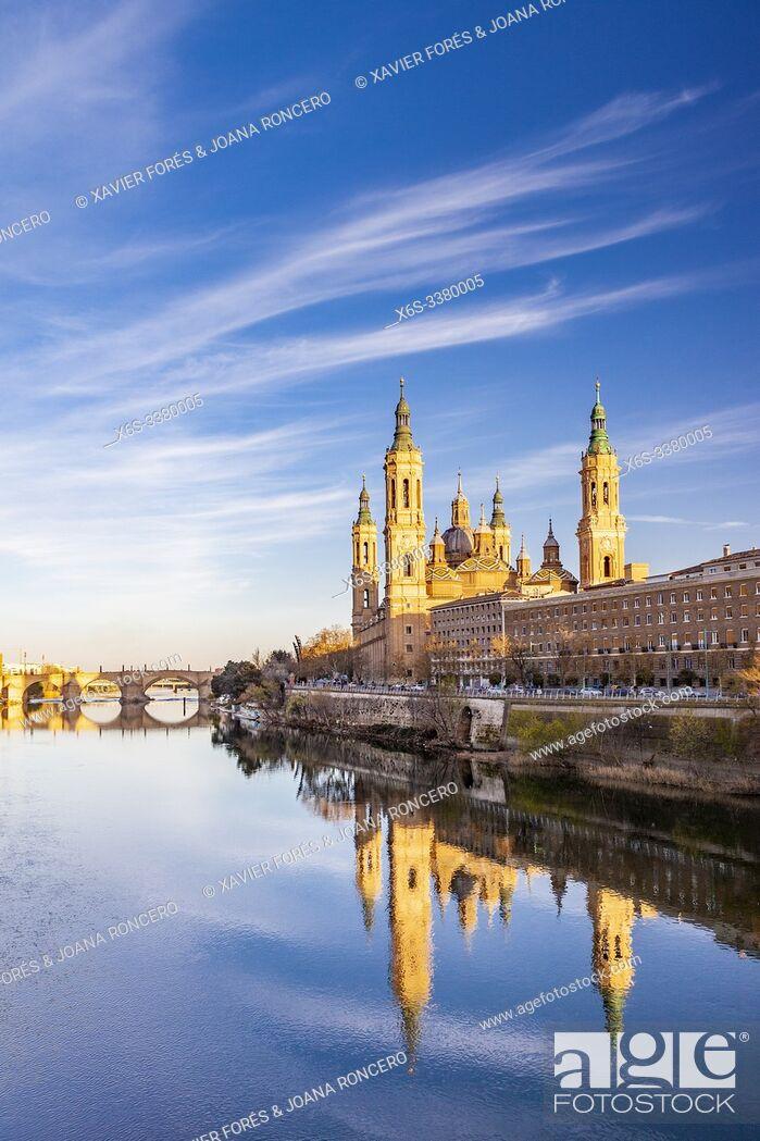 Imagen: Cathedral - Basilica of Nuestra Señora del Pilar, Zaragoza, Spain.