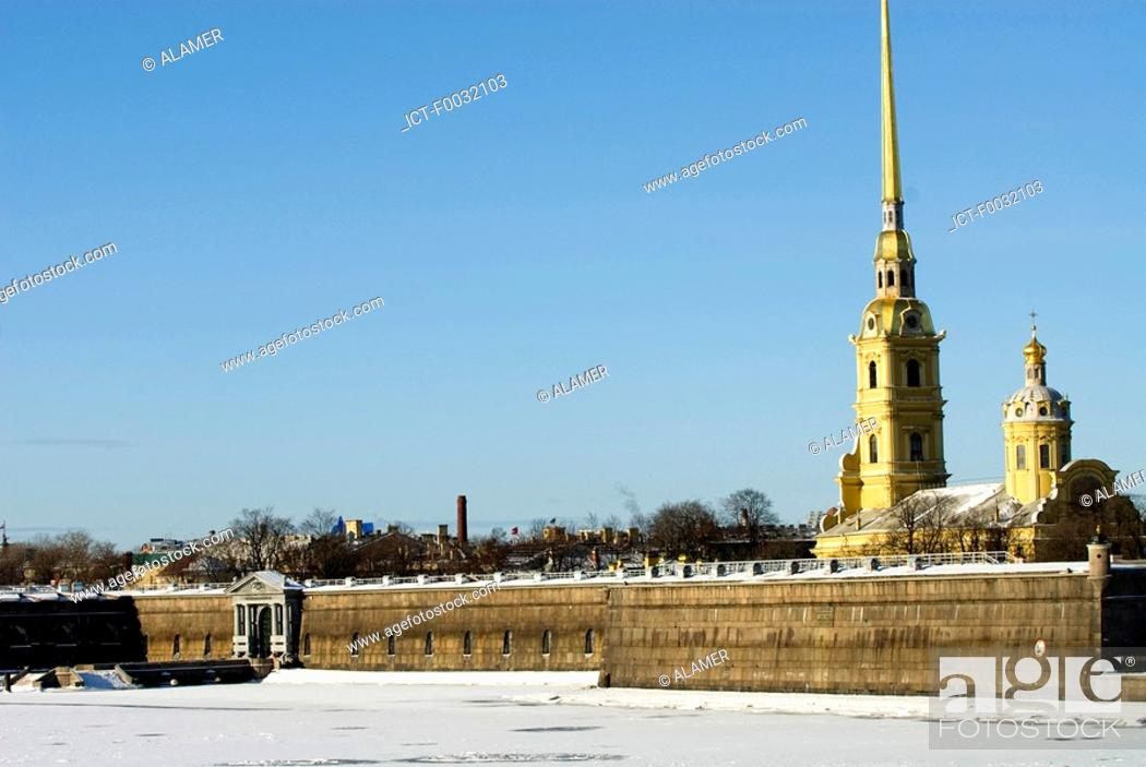 Stock Photo: Russia, St Petersburg, Vassilievsky island, the Peter and Paul fortress.