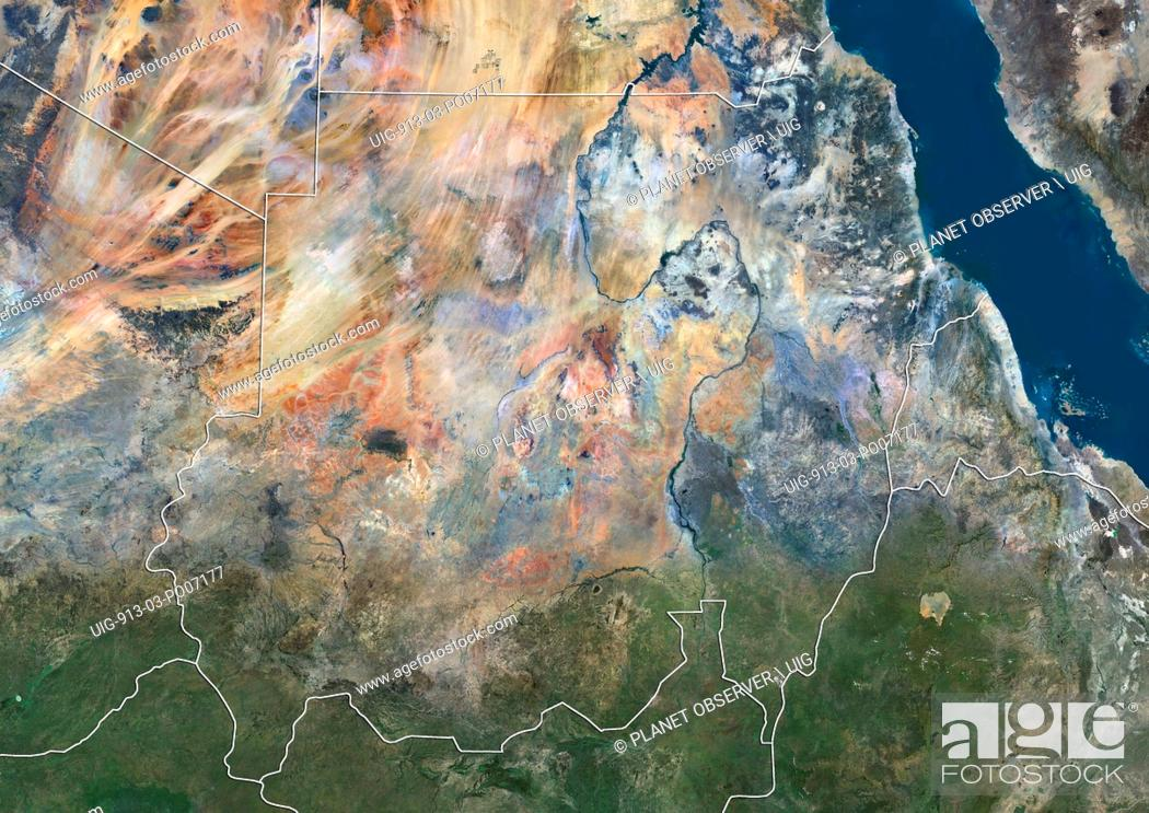Imagen: Satellite view of Sudan (with country boundaries). This image was compiled from data acquired by Landsat 8 satellite in 2014.