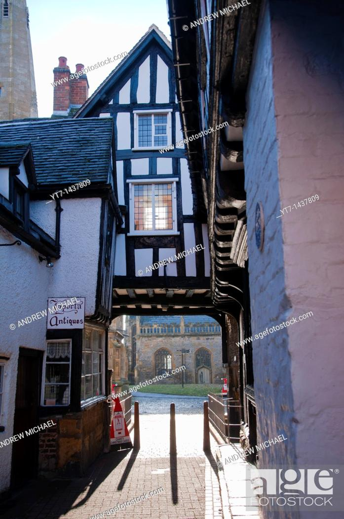Stock Photo: Abbot Reginald's Gateway, Evesham, Worcestershire, England, United Kingdom.