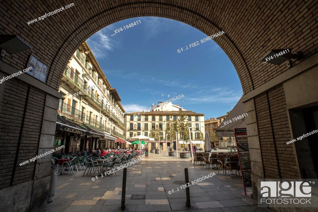 Stock Photo: Arcade of Fueros Square in Tudela, Navarre, Spain.