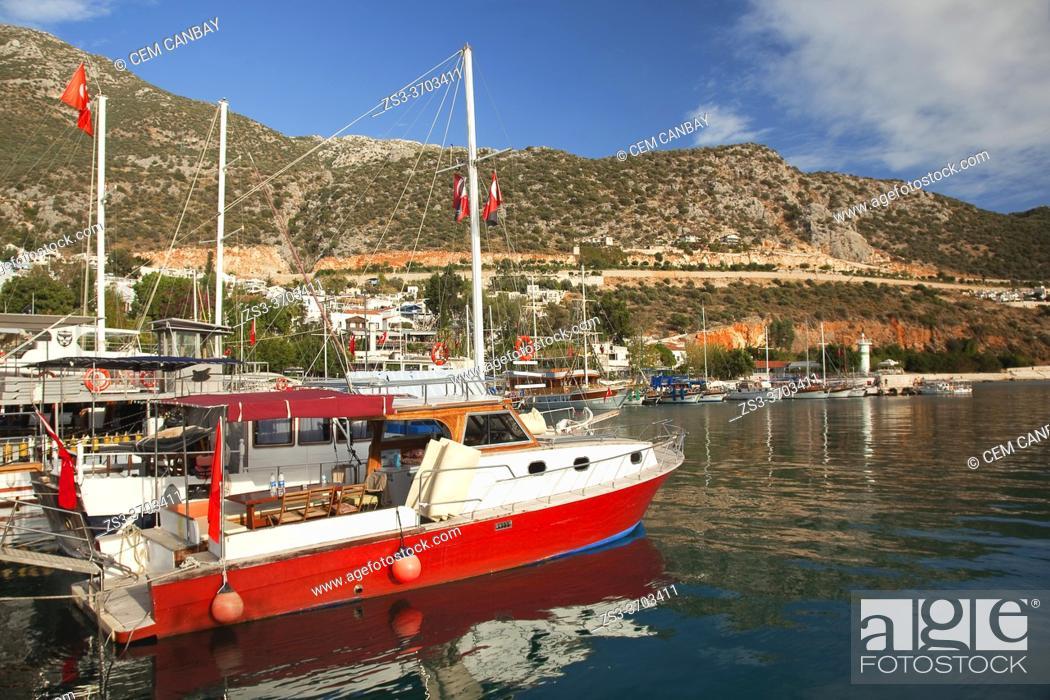 Imagen: Daily cruise boats at the port of Kalkan at the afternoon light, Antalya Province, Mediterranean Coast, Ancient Lycia Region, Turkish Riviera, Turkey, Europe.