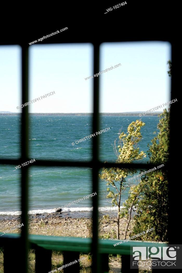 Stock Photo: Canada, Ontario, Manitoulin Island. Landscape on Manitoulin Island. - Manitoulin Island, Ontario, Canada, 04/12/2007.