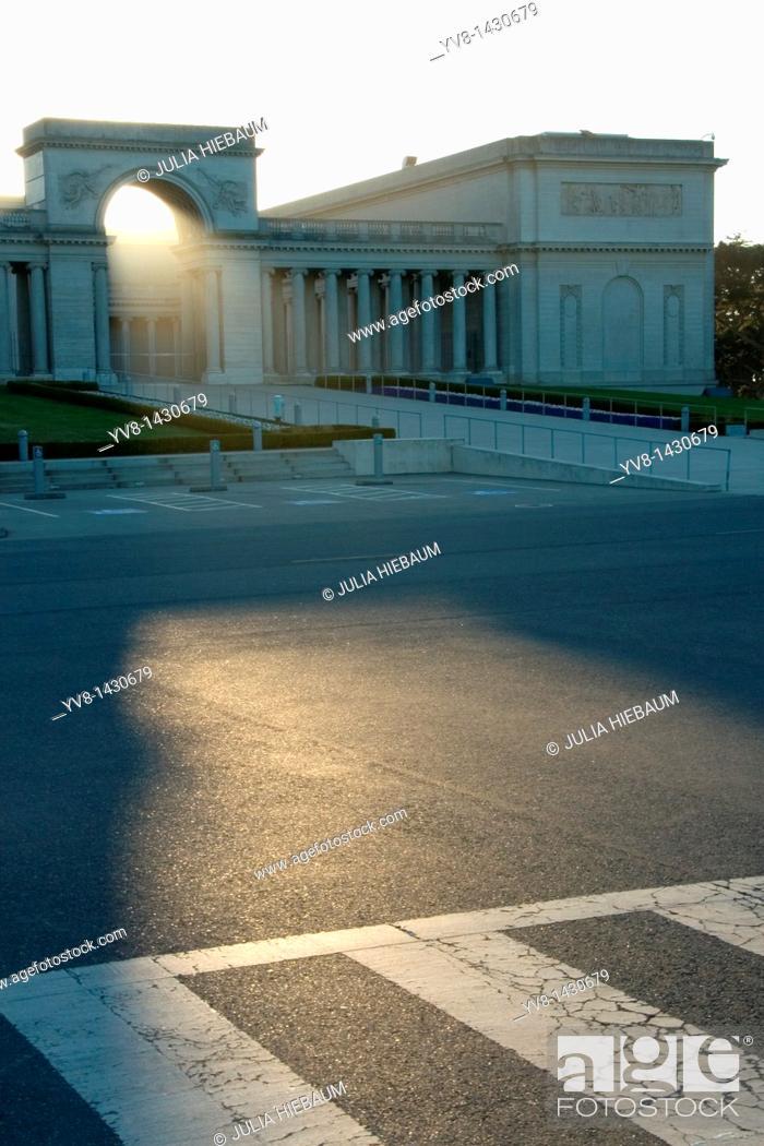 Stock Photo: Legion of Honor art museum, San Francisco, California.