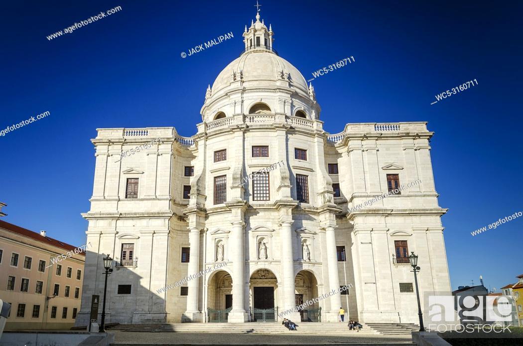 Imagen: panteao nacional pantheon famous landmark old cathedral church in lisbon portugal.