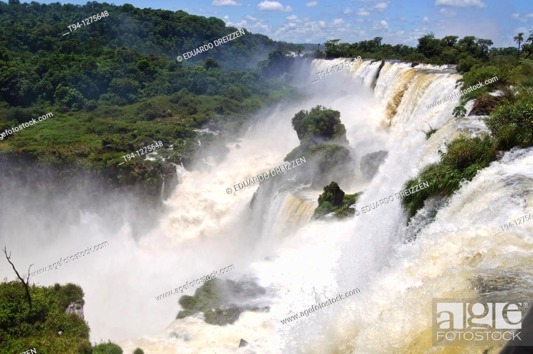 Stock Photo: Iguazu waterfalls, Iguazu National Park, Argentina.
