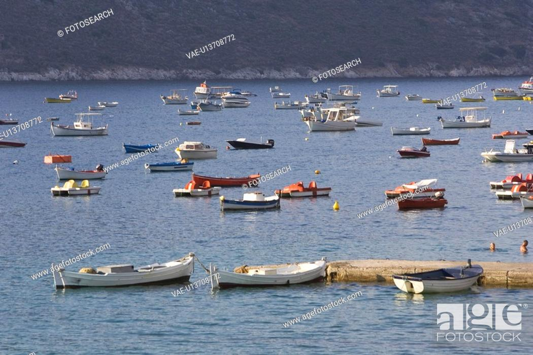 Stock Photo: Blue, Boat, Crowd, Day.