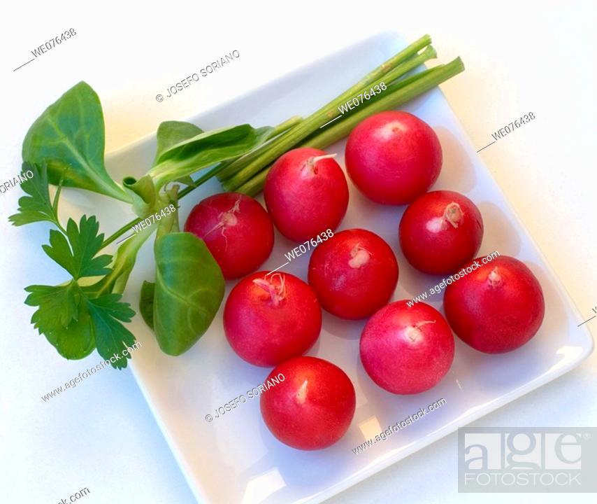 Stock Photo: Radishes, lamb's lettuce and parsley.