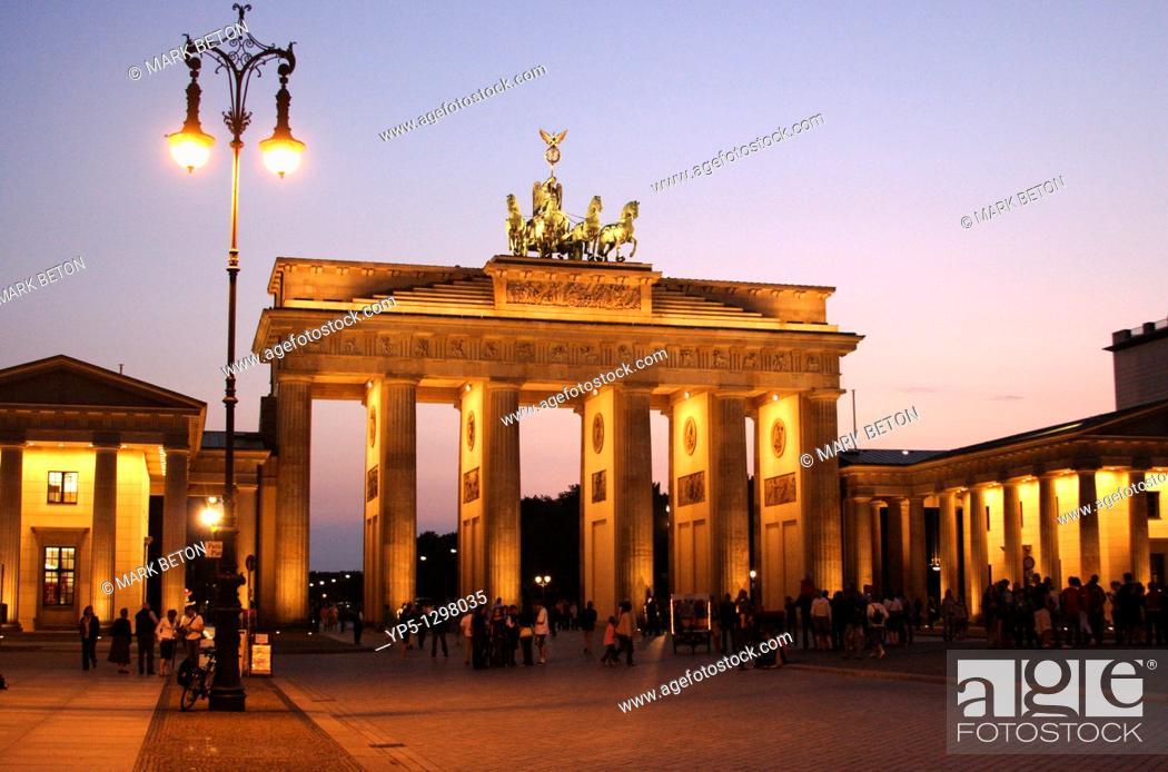 Stock Photo: Brandenburg gate at dusk Berlin.