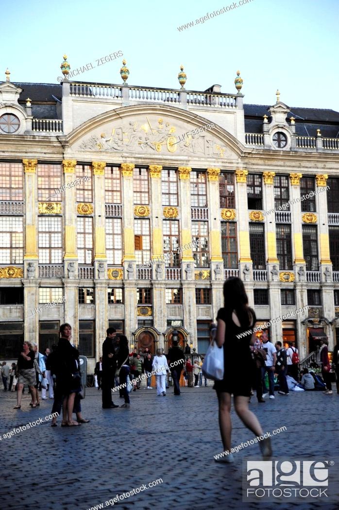Stock Photo: People and buildings at the Grand Place, Brussels, Belgium, Europe.