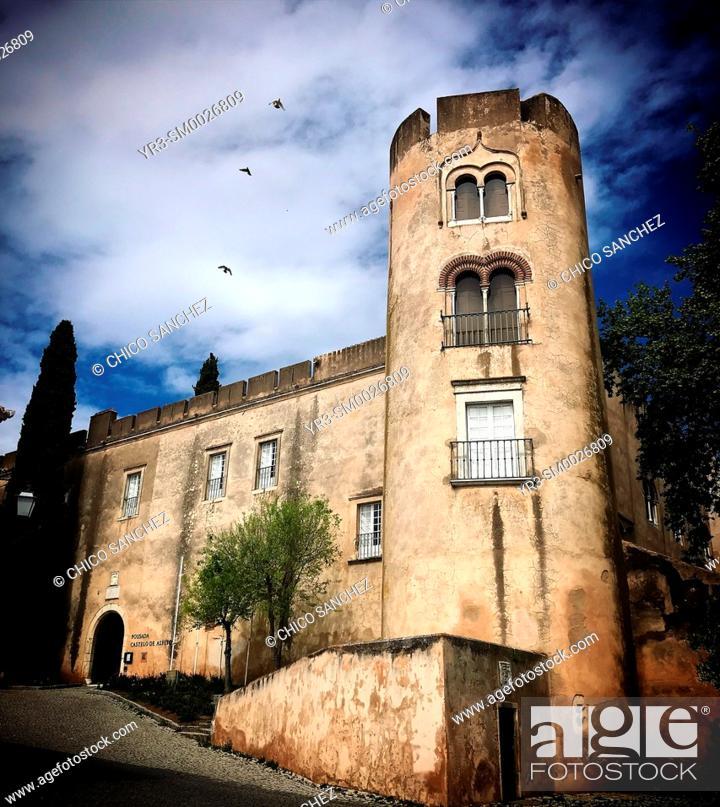 Stock Photo: The hotel Pousada Castelo in Alvito, in Beja, Alentejo, Portugal.
