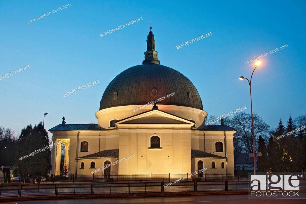 Imagen: Garrison Church of St. Maurice and St. Barbara. Inowroclaw, Kuyavian-Pomeranian Voivodeship, Poland.