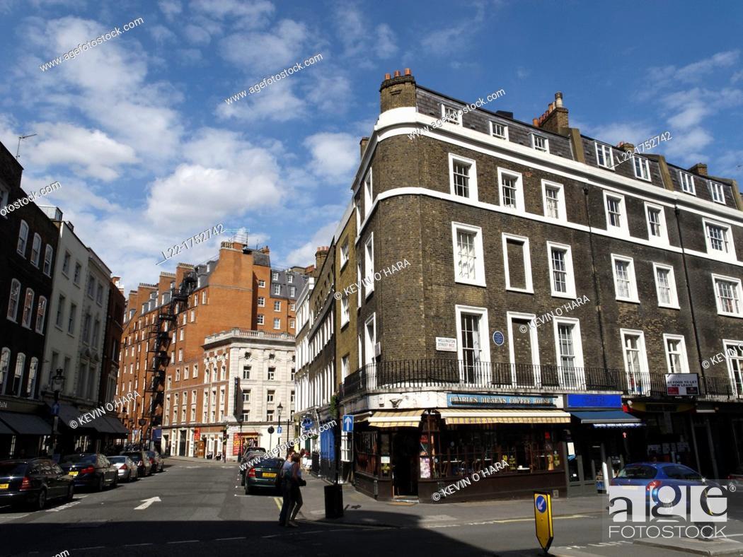 Stock Photo: Wellington street  City of Wesminter  London city  England  United Kingdom.