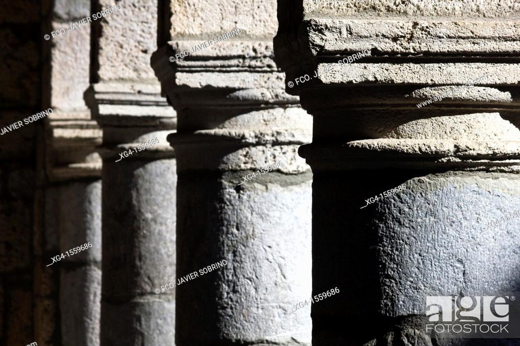 Photo de stock: City Council Arcades Bielsa - Huesca Province - Aragon Pyrenees - Sobrarbe - Aragon - Spain - Europe.