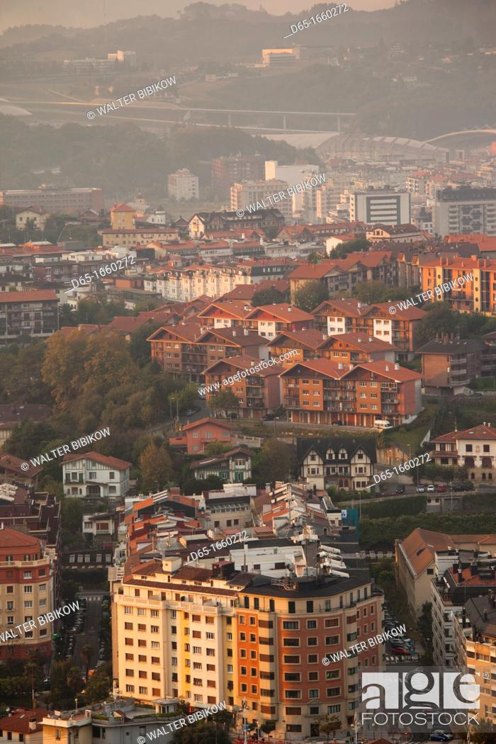 Stock Photo: Spain, Basque Country Region, Guipuzcoa Province, San Sebastian, elevated view of town from Monte Ulia, dawn.