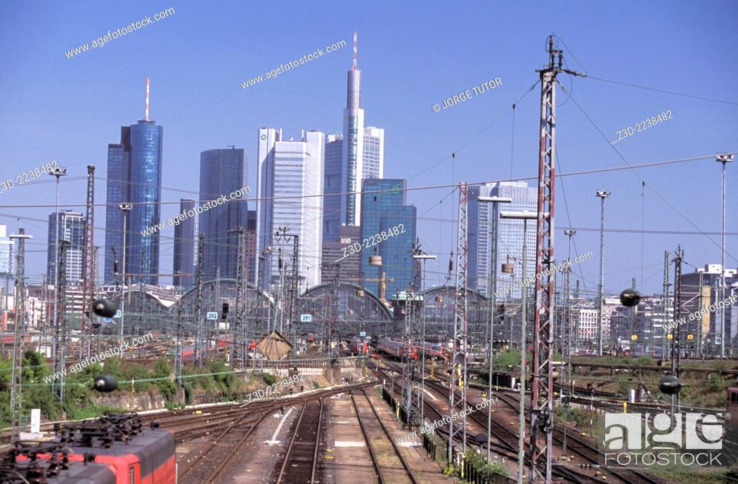 Stock Photo: Frankfurt am Main skyline and the Hauptbahnhof, railway Central Station, from Camberger Strasse.