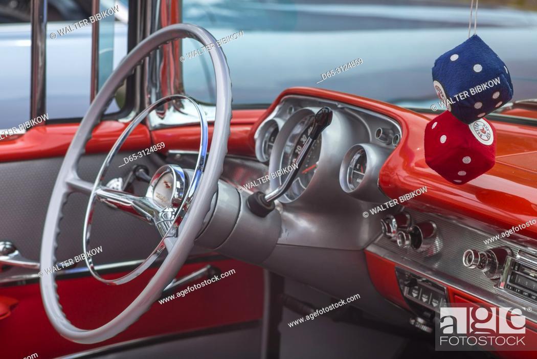 Usa New England Massachusetts Beverly Antique Cars 1957
