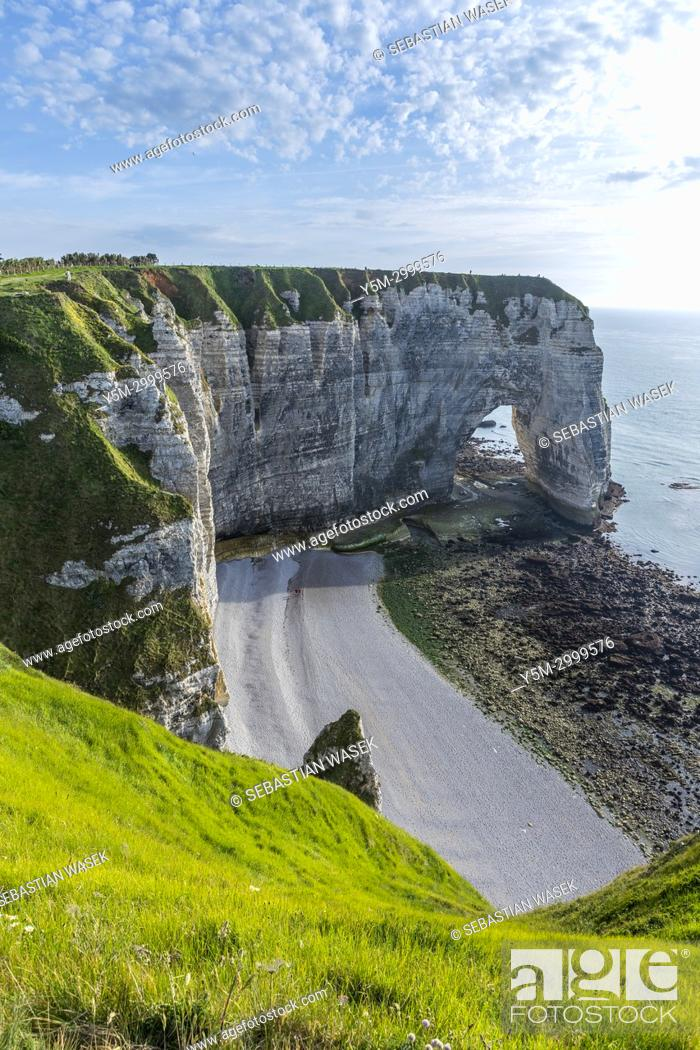 Stock Photo: Chemin Des Douaniers, Étretat, Seine-Maritime department, Normandie, France, Europe.