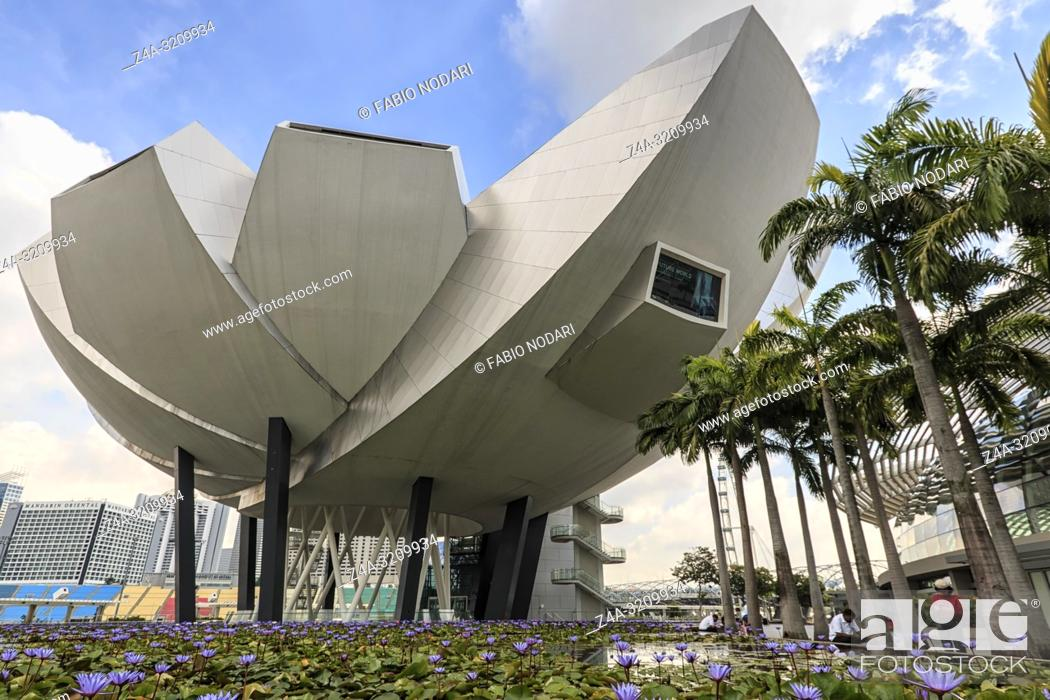 Stock Photo: Singapore, Singapore - October 19, 2018: Modern Art Museum in Singapore.