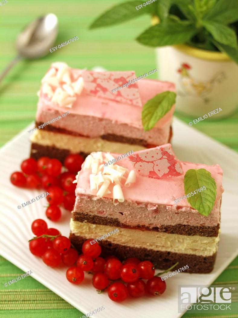 Imagen: Sponge cake pastries.