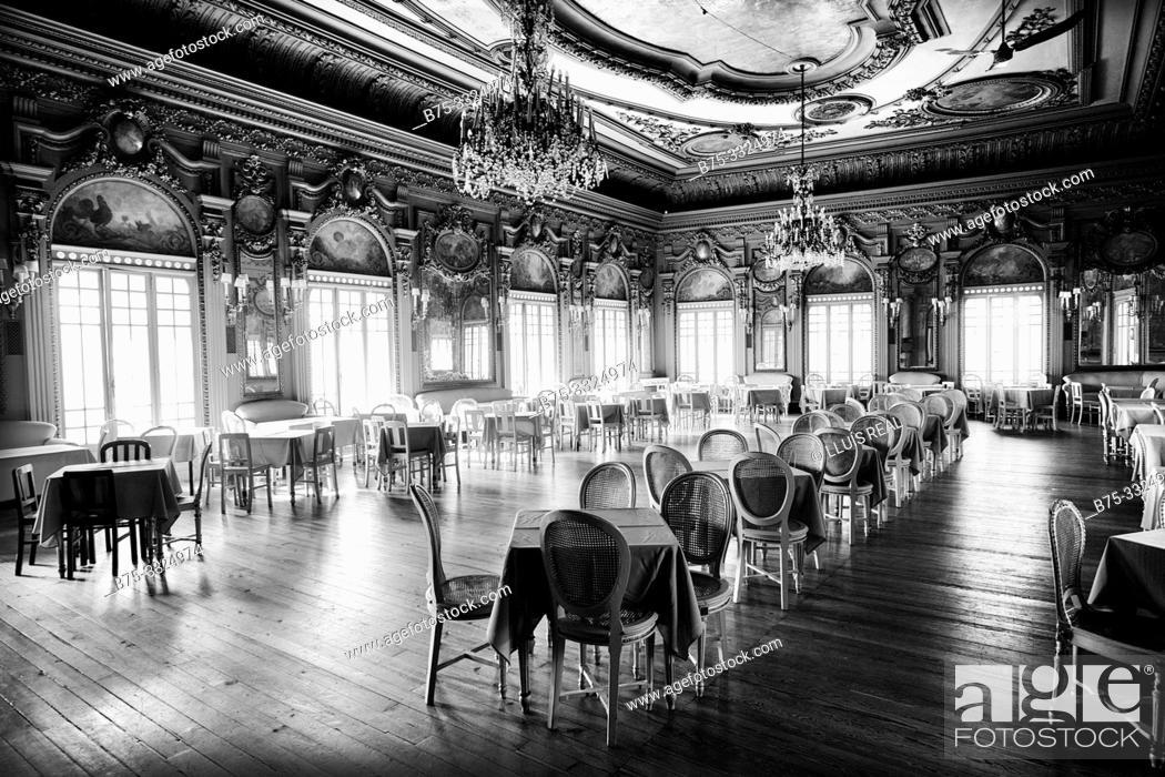 Stock Photo: Lounge of Casa do Alentejo. Lisbon, Europe.