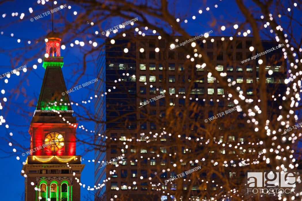 Stock Photo: USA, Colorado, Denver, Daniels and Fisher Tower with Christmas Lighting, dusk.