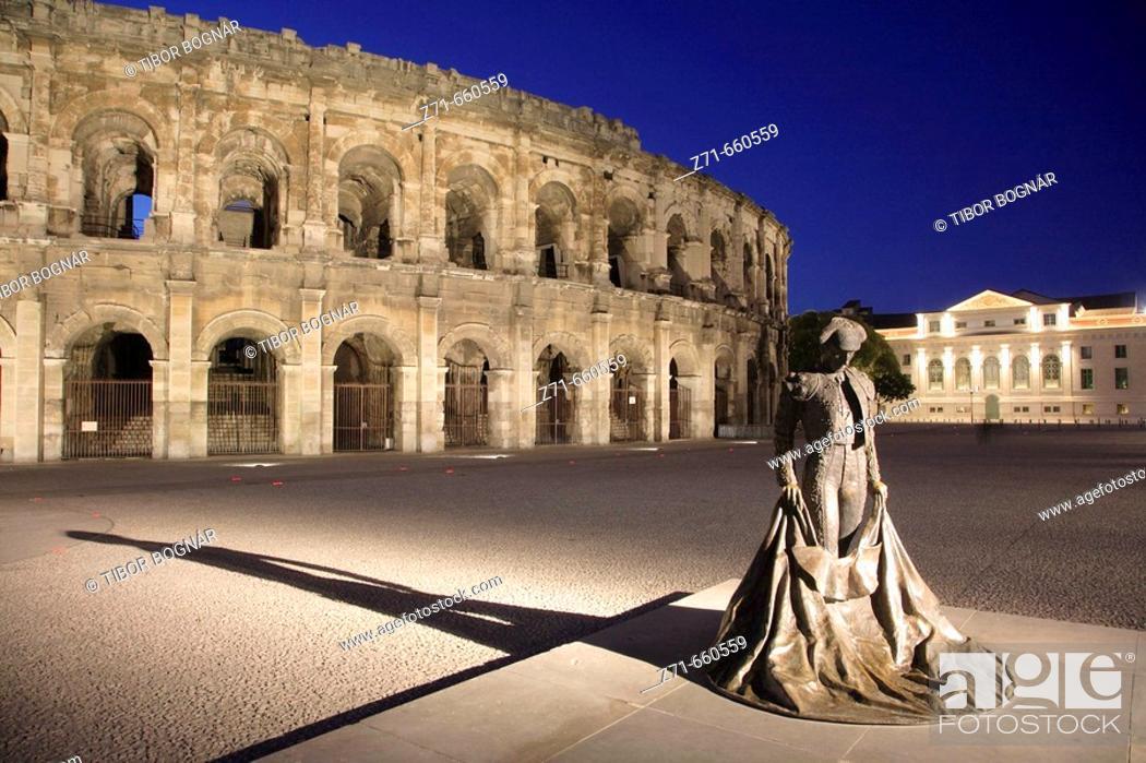 Stock Photo: Arènes, roman arena, toreador statue. Nîmes. Provence. France.