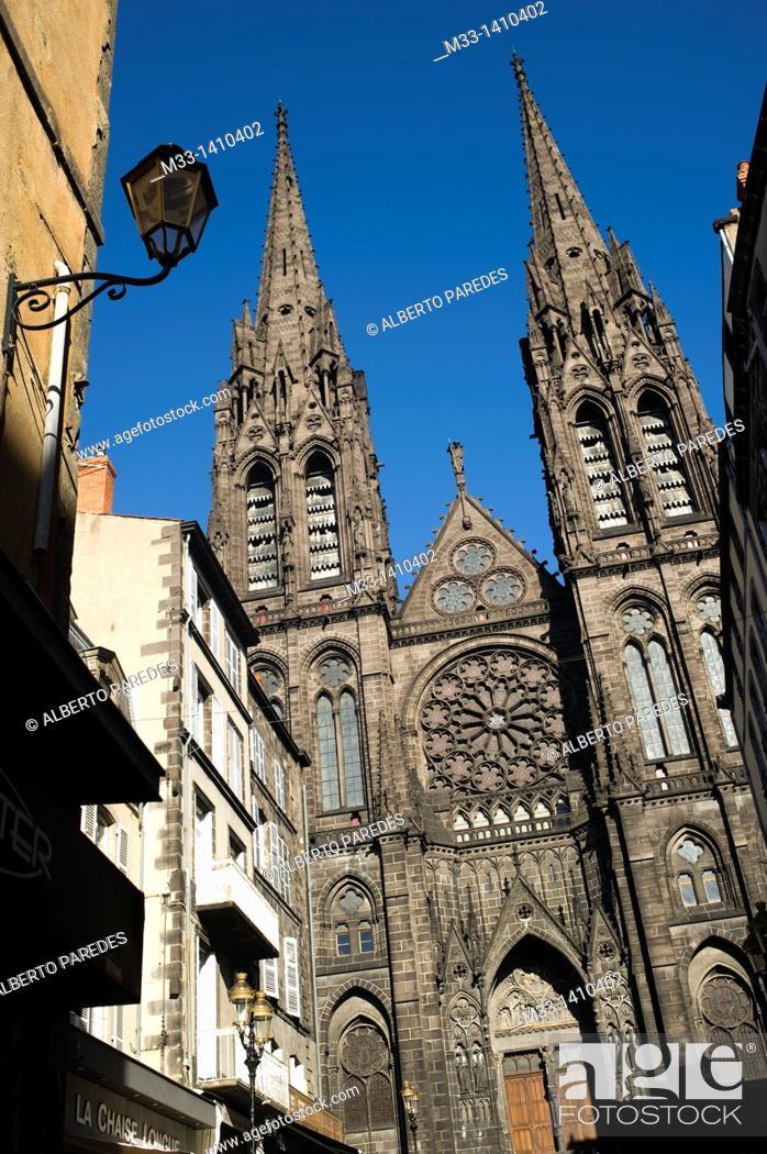 Stock Photo: Notre Dame de L'Assomption Cathedral in Clermont-Ferrand  Auvergne region, France.