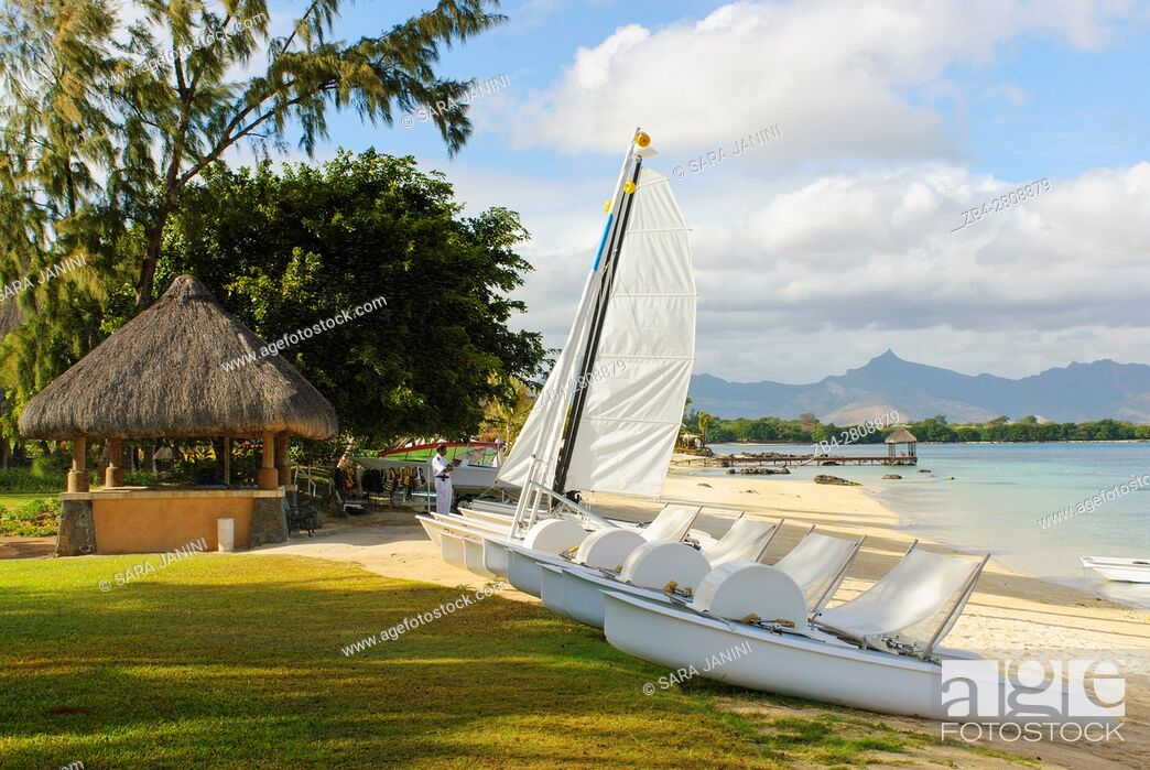 Stock Photo: The Oberoi Hotel, Turtle Bay, Pointe aux Piments, Mauritius, Indian Ocean, Africa.