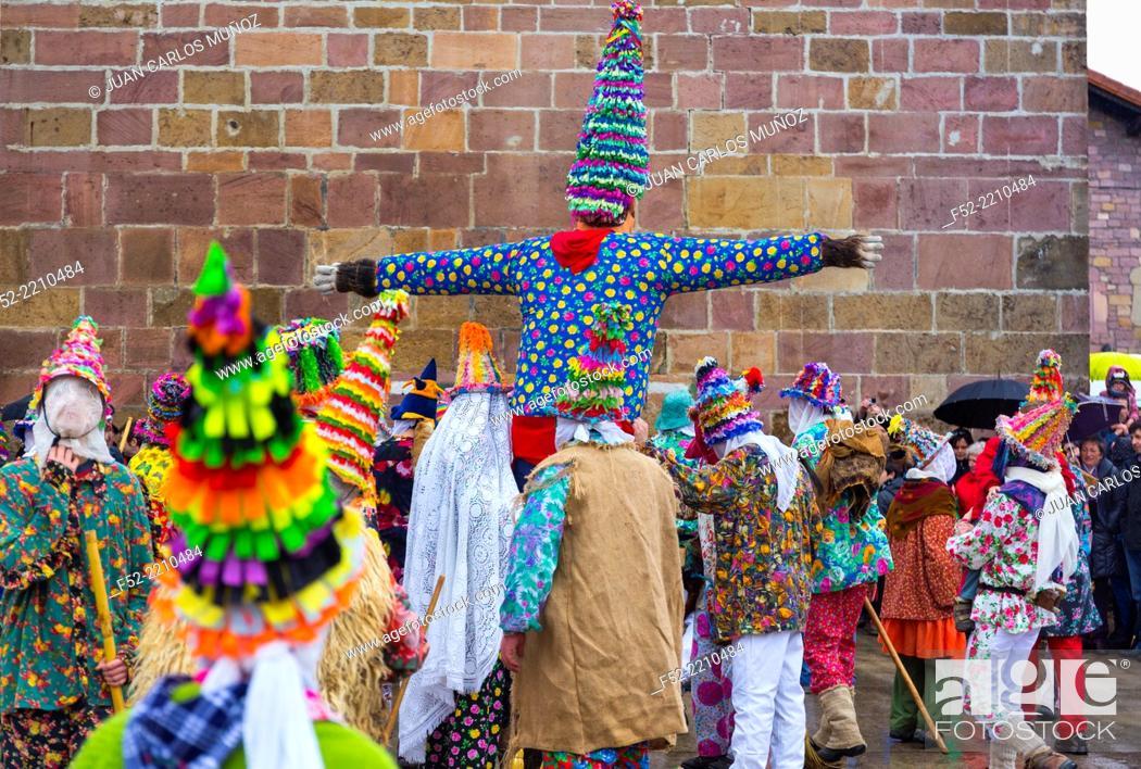 Imagen: Carnival in Lantz, Navarre, Spain.