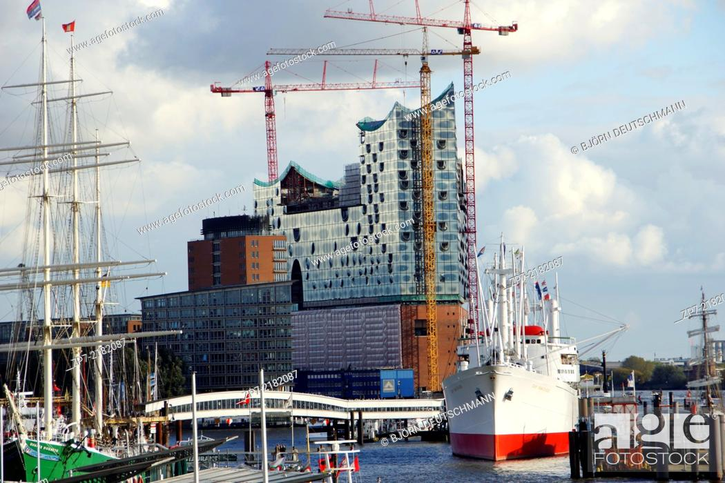 Stock Photo: The Elbphilharmonie in Hamburg Speicherstadt / Hafen City.