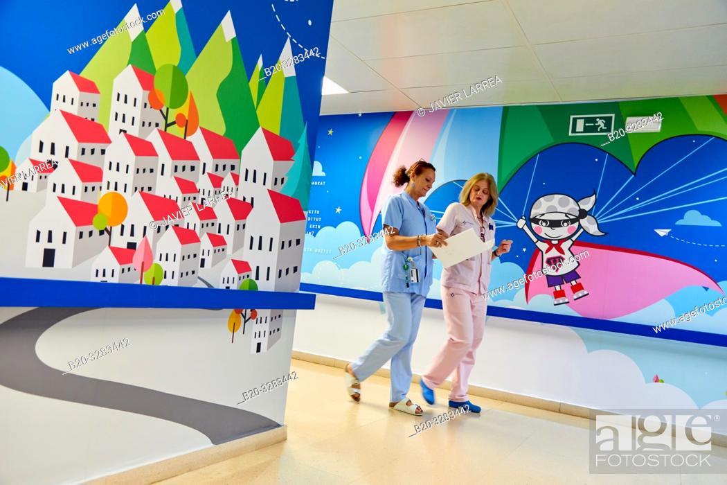 Stock Photo: Nurses with reports, Plant for hospitalization of children, Pediatrics, Medical care, Hospital Donostia, San Sebastian, Gipuzkoa, Basque Country, Spain.