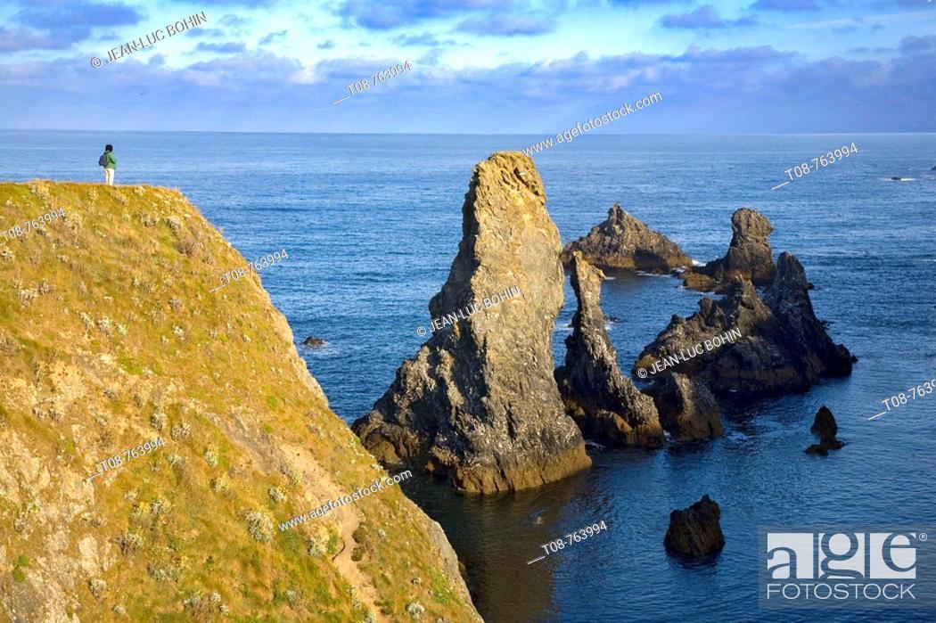Imagen: Brittany, Belle-Ile, wild coast: 'aiguilles'.