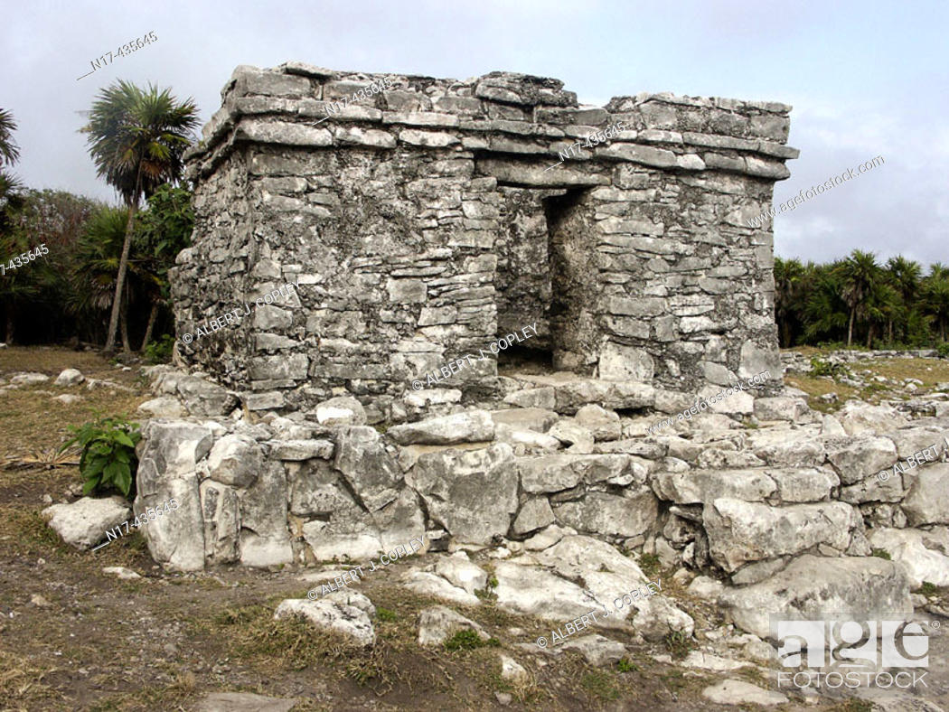 Stock Photo: Ruins of Tulum, Pre-Columbian walled city of the Maya civilization (postclassic period 900 - 1200 A.D.). Quintana Roo, Mexico.