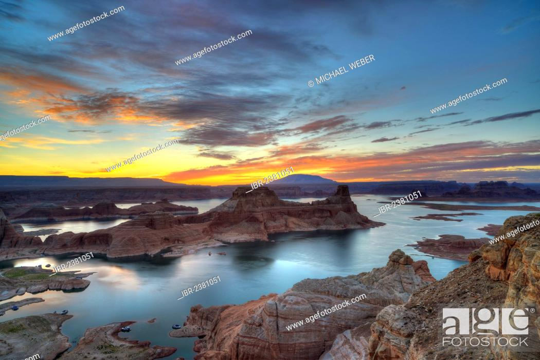 Stock Photo: View from Alstrom Point to Lake Powell at sunrise, Padre Bay with Gunsight Butte and Navajo Mountain, houseboats, Bigwater, Glen Canyon National Recreation Area.