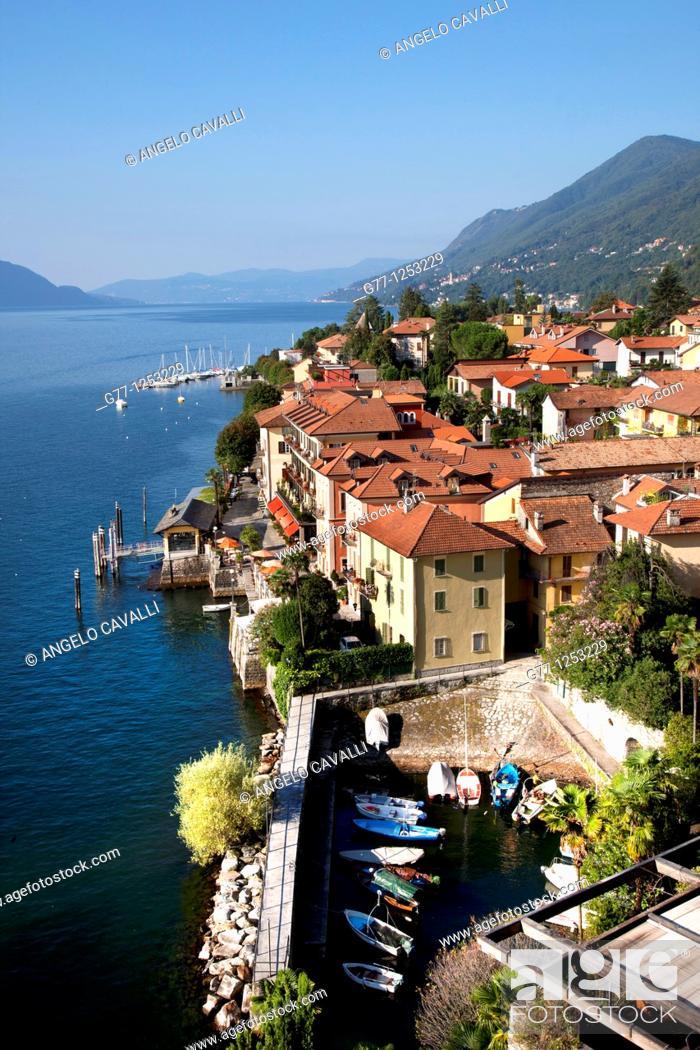Stock Photo: Italy, Piedmont, Lake Maggiore, Cannero.