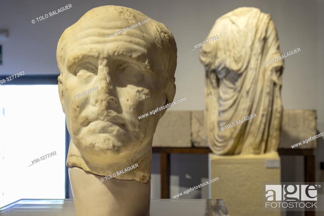 Stock Photo: retrato de un senador romano, siglo I, Museo-Centro de Interpretación del parque arqueológico de Segóbriga, Saelices, Cuenca, Castilla-La Mancha, Spain.