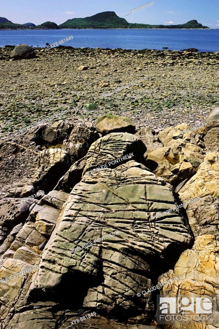 Stock Photo: Rock-erosion.