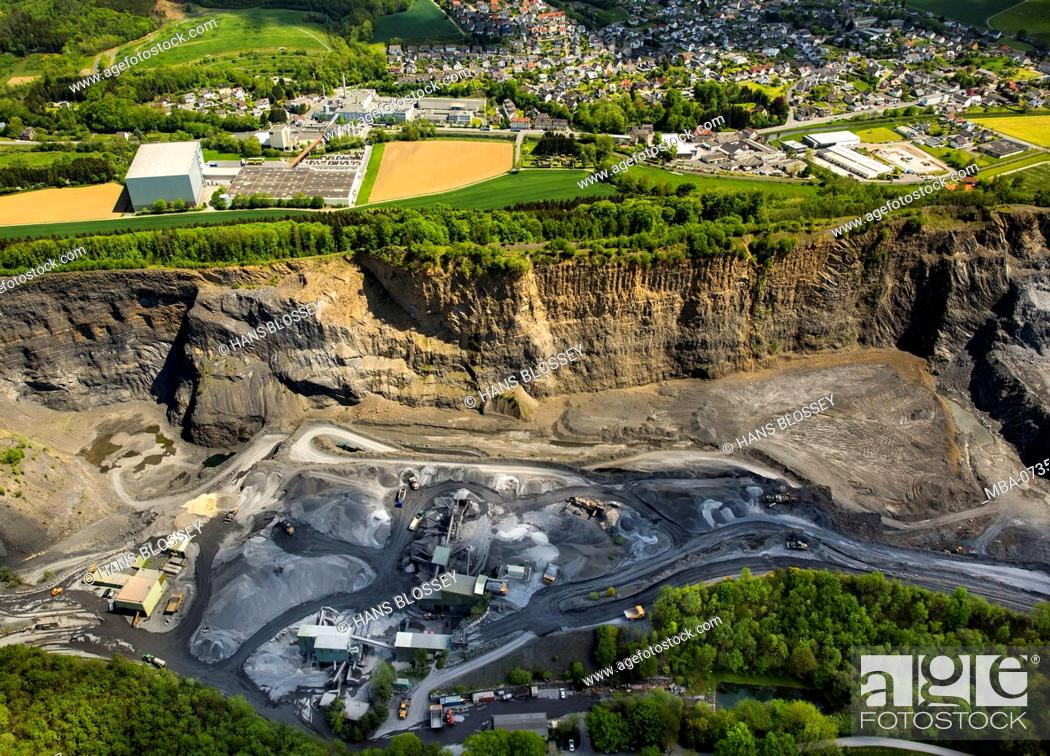 Limestone mining in the northern Sauerland, quarry Habbel